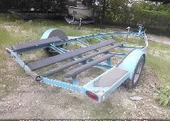 1993 MAGNUM BOAT TRAILER - 1V5AA2016P1223543 rear view
