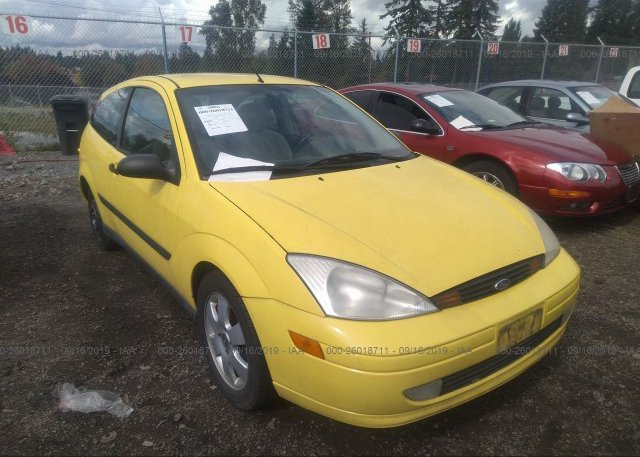 Inventory #818005875 2001 FORD FOCUS