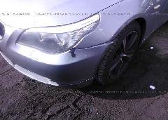 2007 BMW 525 - WBANF33577CS41749 detail view