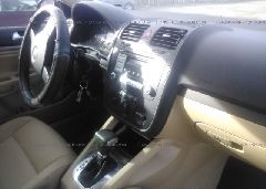 2007 Volkswagen JETTA - 3VWEF71K27M169356 close up View
