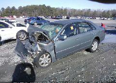 2003 Toyota AVALON - 4T1BF28B63U312387 Right View