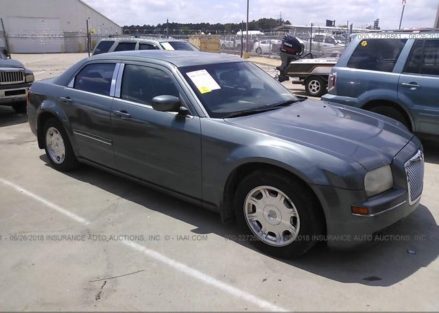 Inventory #806871731 2005 Chrysler 300