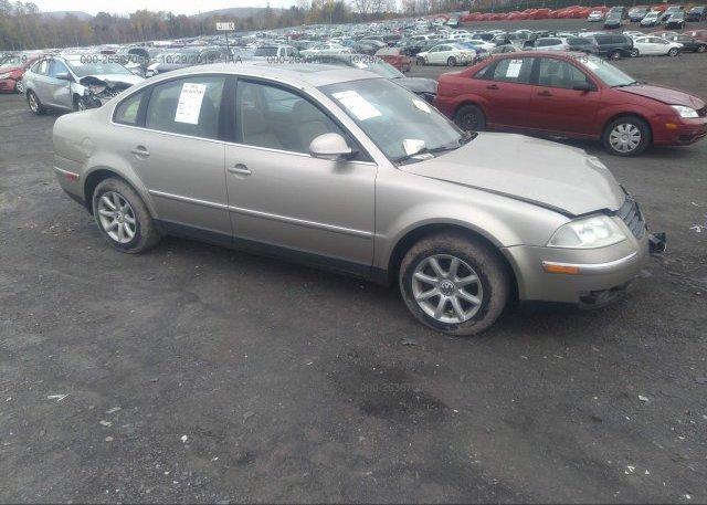 Inventory #655322759 2004 Volkswagen PASSAT