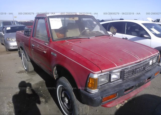 JN6ND01Y4GW100119, Clear - Dealer Only red Nissan 720 at