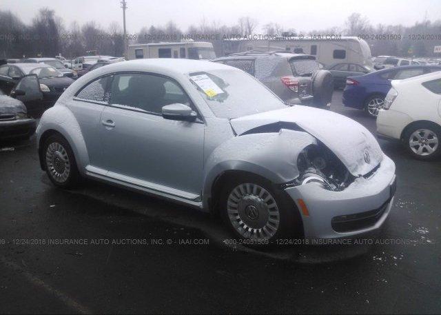 Inventory #818412422 2014 Volkswagen BEETLE