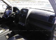 2005 Honda CR-V - JHLRD78975C008838 close up View