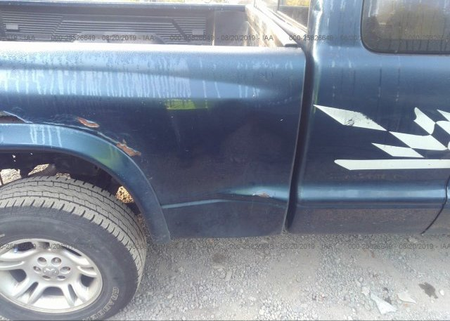 2004 Dodge DAKOTA - 1D7HG42N64S696328