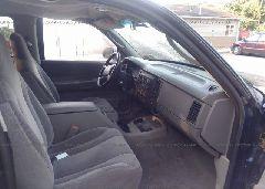 2004 Dodge DAKOTA - 1D7HG42N64S696328 front view