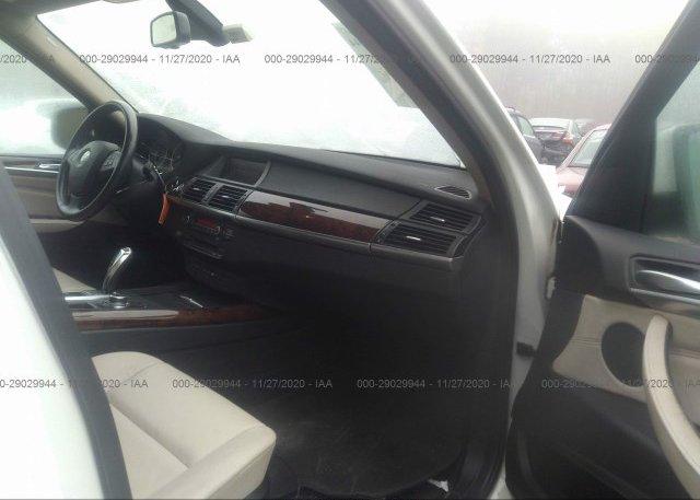 пригнать из сша 2012 BMW X5 5UXZW0C56CL669565