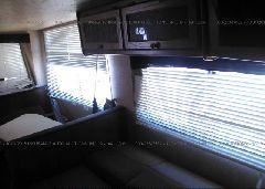 2013 HEARTLAND WILDERNESS - 5SFNB272XDE250838 inside view