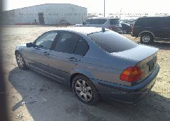 2004 BMW 325 - WBAET37404NJ43477 [Angle] View