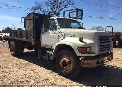 1998 FORD F700 - 1FDNF70J1WVA24014 Left View