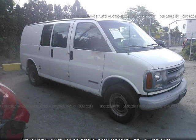 Inventory #987912260 2002 CHEVROLET EXPRESS G2500