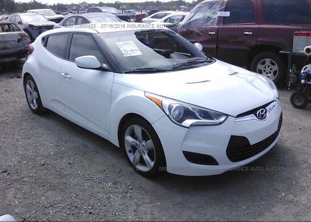 Inventory #554738563 2012 Hyundai VELOSTER
