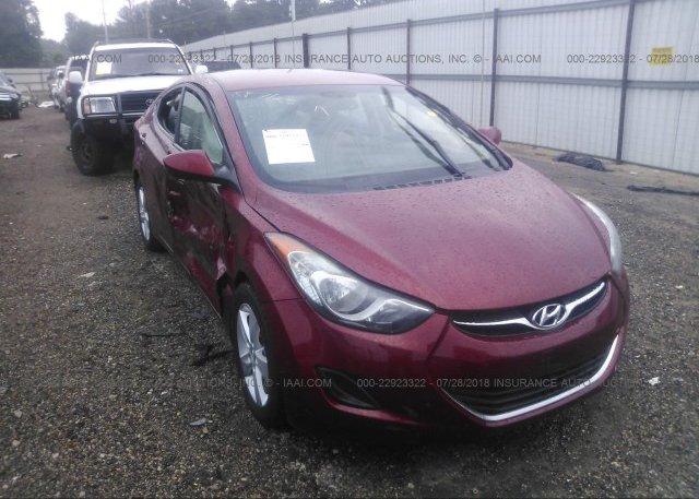 X2 · 2013 Hyundai ELANTRA   5NPDH4AE7DH330903