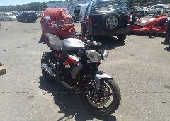 2014 Triumph Motorcycle STREET TRIPLE