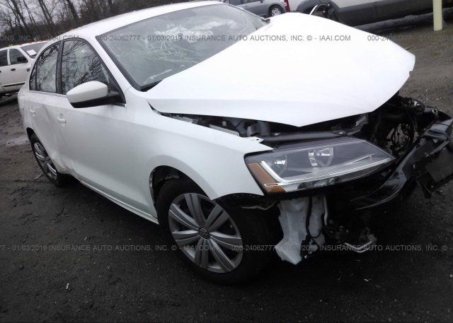 Inventory #437976941 2017 Volkswagen JETTA