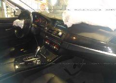 2011 BMW 535 - WBAFU7C51BC879165 close up View