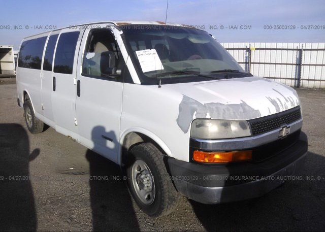 Inventory #944371976 2003 Chevrolet EXPRESS G2500