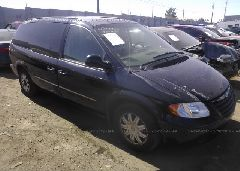 2005 Chrysler TOWN & COUNTRY - 2C4GP54L45R468287 Left View