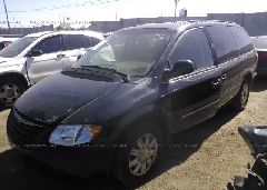 2005 Chrysler TOWN & COUNTRY - 2C4GP54L45R468287 Right View