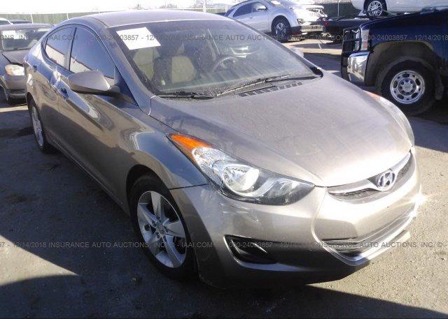 Inventory #677624933 2013 Hyundai ELANTRA