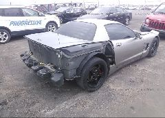 2000 Chevrolet CORVETTE - 1G1YY12G0Y5100084 rear view