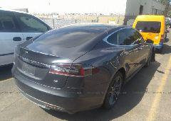 2015 Tesla MODEL S - 5YJSA1H17FFP68528 rear view