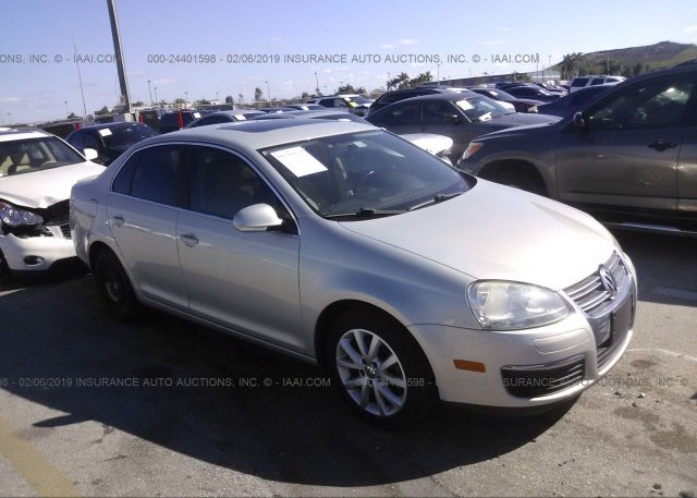 Inventory #457198743 2010 Volkswagen JETTA