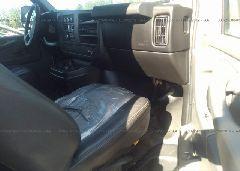 2014 Chevrolet EXPRESS G2500 - 1GCWGFCA0E1203873 close up View