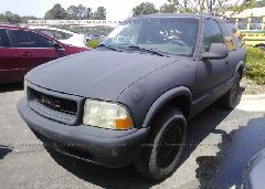 1998 GMC JIMMY - 1GKCT18W7WK507711 Right View