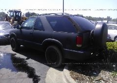 1998 GMC JIMMY - 1GKCT18W7WK507711 [Angle] View