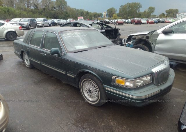 Inventory #874960933 1996 Lincoln TOWN CAR