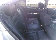 2009 Hyundai GENESIS - KMHGC46E09U054741 front view