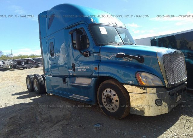 3AKJGLDR3ESFD0345, Clear Freightliner Cascadia 125 at
