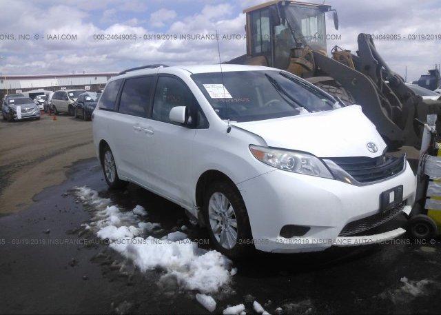 Inventory #389526027 2011 Toyota SIENNA