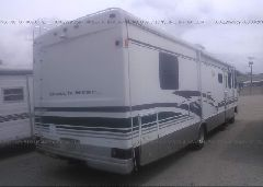 1999 FORD F550 - 3FCMF53S8XJA32360 rear view