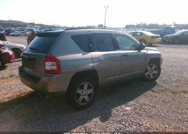 Inventory #811818019 2008 JEEP COMPASS