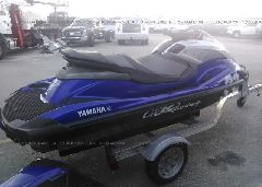 2013 YAMAHA PERSONAL WATERCRAFT - YAMA2600E313 rear view