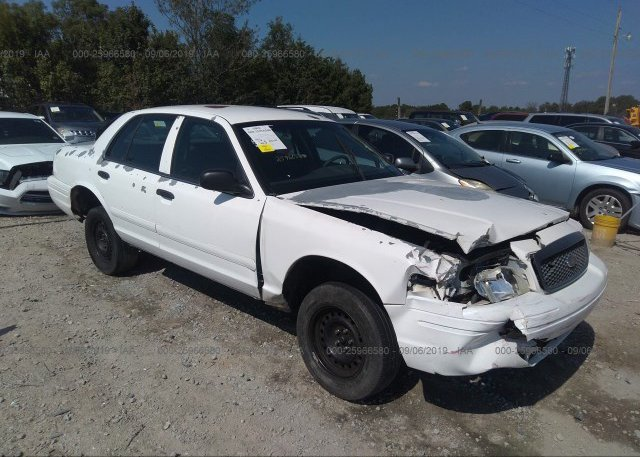 Inventory #747137262 2001 FORD CROWN VICTORIA