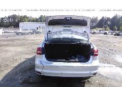 2015 Volkswagen JETTA - 3VWD07AJ3FM285099 detail view