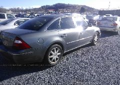 2006 FORD FIVE HUNDRED - 1FAFP25126G140852 rear view