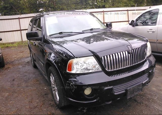 Inventory #338035727 2004 Lincoln NAVIGATOR