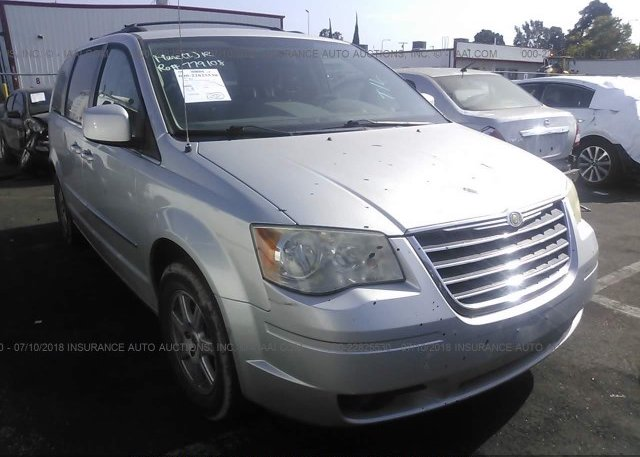 Inventory #221420265 2010 Chrysler TOWN & COUNTRY