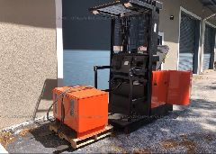 1997 CROWN FORK LIFT