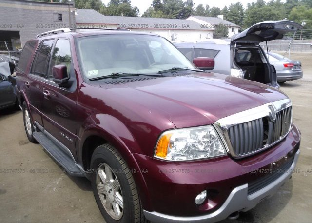 Inventory #372580008 2004 LINCOLN NAVIGATOR