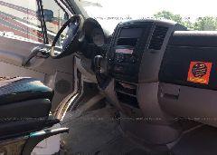 2011 Mercedes-benz SPRINTER - WD3PE8CB3B5585118 close up View