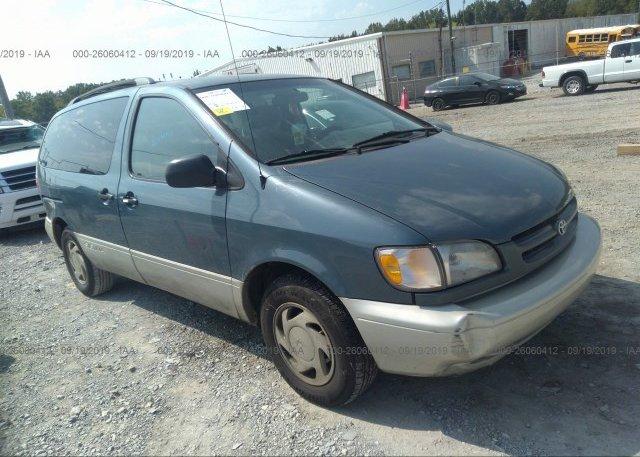 Inventory #512106040 2000 Toyota SIENNA