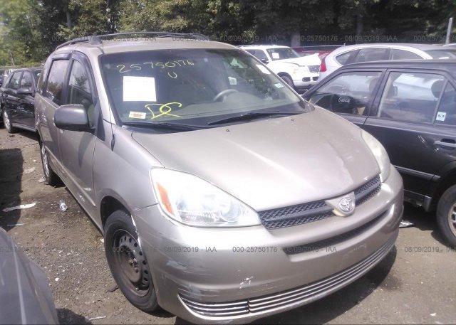 Inventory #679743914 2004 Toyota SIENNA