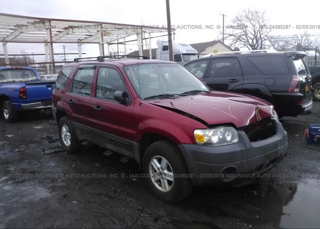 Inventory #932505845 2005 FORD ESCAPE